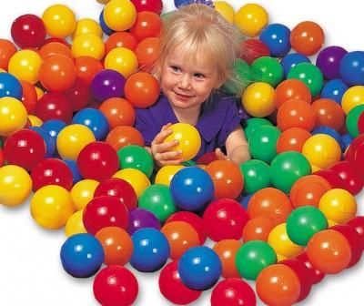 Набор цветных пластиковых мячей Intex 49600 (8 см диаметр) - 100 штук