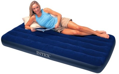 Экономичный и удобный – встречайте односпальный надувной матрас INTEX 68950
