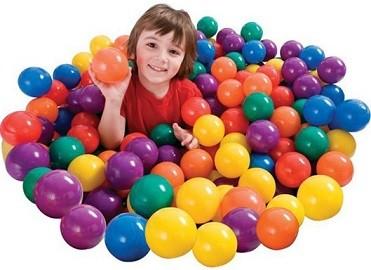 Новинка! Пластиковые мячи для игровых центров  и бассейнов – играем и развиваемся