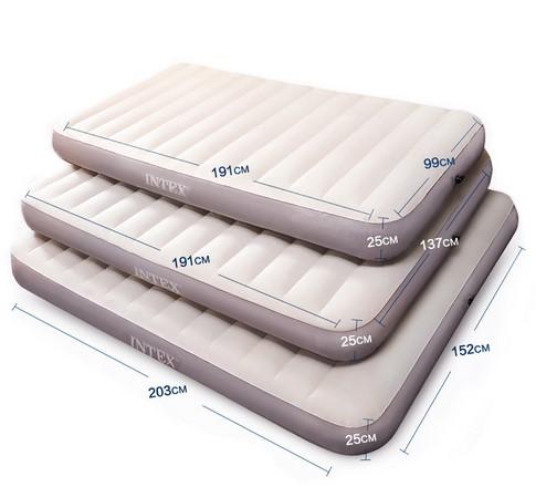 Белые надувные матрасы